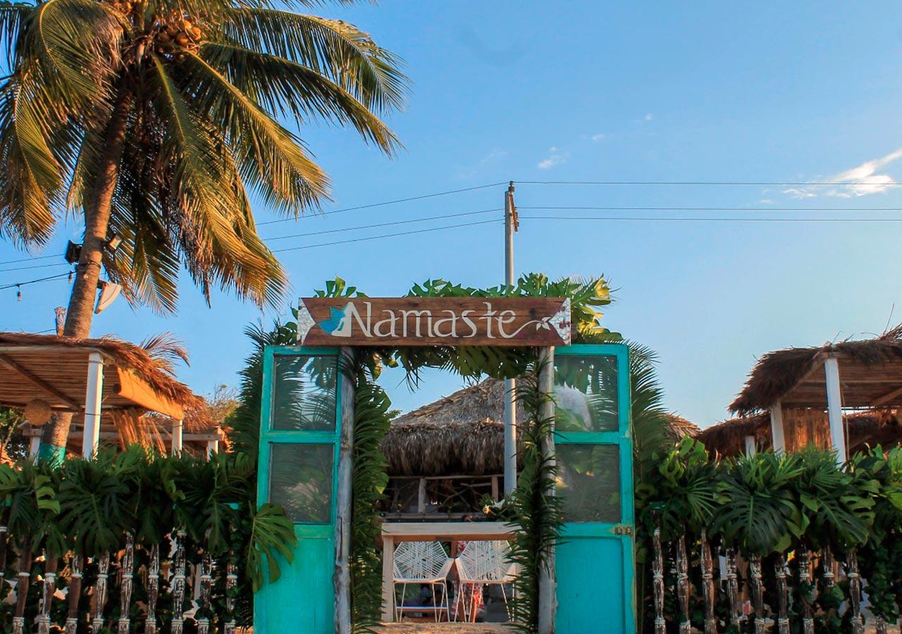 Pasadía Premium Namaste Beach Club